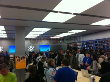 apple_store_velizy_ photo-4
