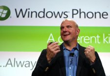 29303_microsoft-ceo-steve-ballmer-speaks-during-the-windows-phone-7-launch-in-new-york