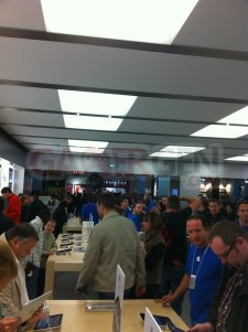 apple_store_velizy_ photo-1