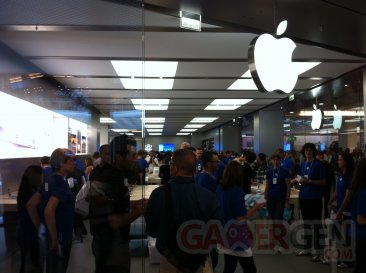inauguration-apple-store-iphonegen (16)