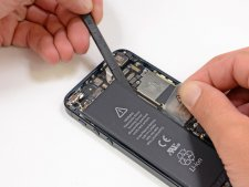 iphone-5-demontage-tear-down-ifixit-etape-08.