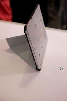 mini-ipad-tablette-apple-image-maquette-10