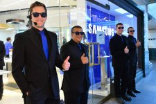 samsung-experience-store-boutique-physique-clone-apple-store-sydney-11