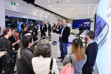 samsung-experience-store-boutique-physique-clone-apple-store-sydney-12