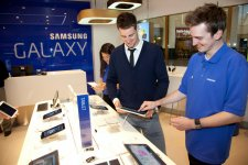 samsung-experience-store-boutique-physique-clone-apple-store-sydney-5