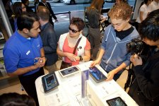samsung-experience-store-boutique-physique-clone-apple-store-sydney-6