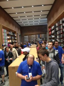 strasbourg-inauguration-apple-store-france-8