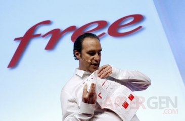 xavier-niel-10-janvier-2012-catalogue-free-mobile